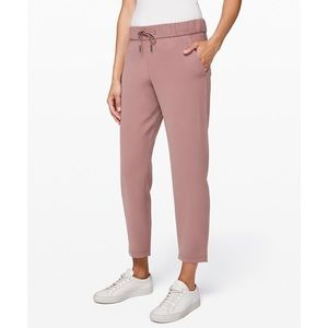 Lululemon On the Fly Pant 4 Red Dust